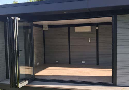 Garden Room With Multifolding Doors