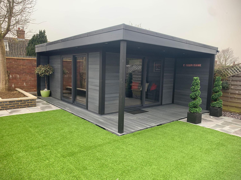 Medium Sized Garden Room 1 2