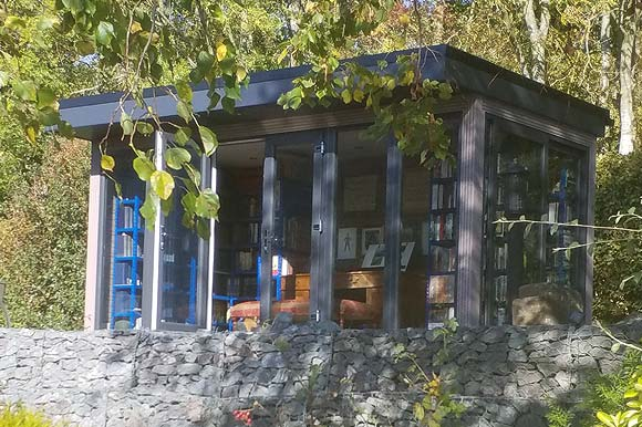 Garden Studio Used As A Library