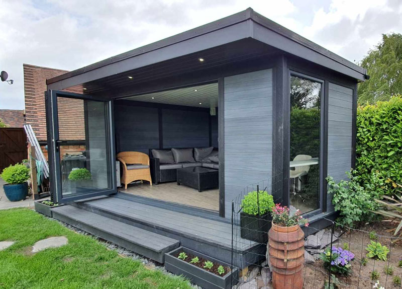 Composite Garden Rooms Do Not Need Planing Permission