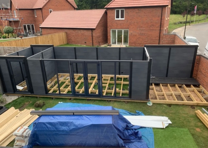 Garden Room With Dividing Wall